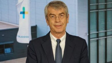 Dr. Fritz Oesterle was elected as a new member of the Supervisory Board.